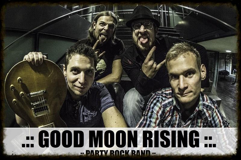 red moon rising band - photo #21